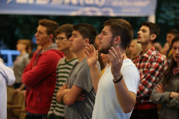 conferinţa de tineret înnoire spirituală 2015 (16)
